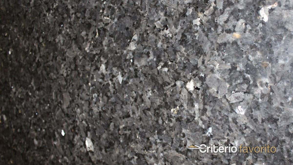 Granito labrador claro crit rio favorito for Granito negro labrador